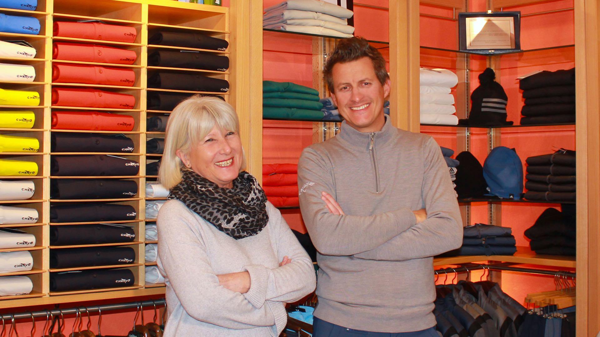 GOLF e non solo, il negozio di articoli dedicato al mondo del golf. Disponiamo delle migliori marche, di personale qualificato e massima attenzione al cliente.